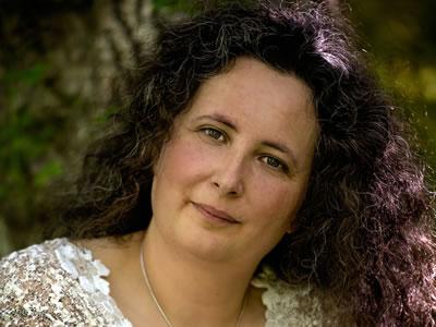 Lauren D'Silva